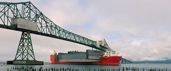 container-ship-coast-guard