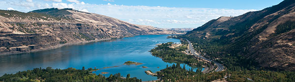 Rowena-Point-Columbia-Gorge-by-johninportland