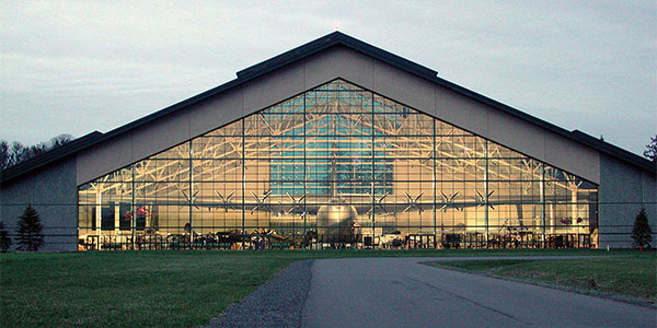 Evergreen-Aviation-Museum_exterior-dusk
