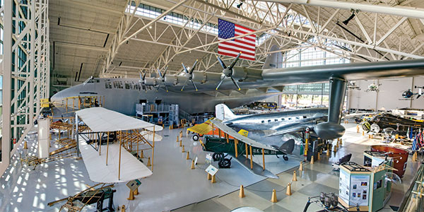Evergreen-Aviation-Museum_interior-panorama